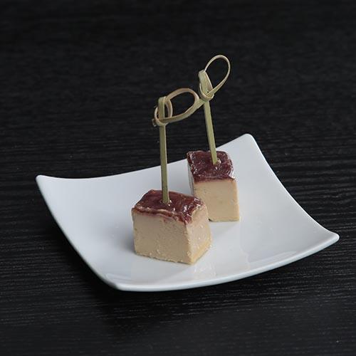 Bloque de foie gras de pato con gelatina al vino de Oporto
